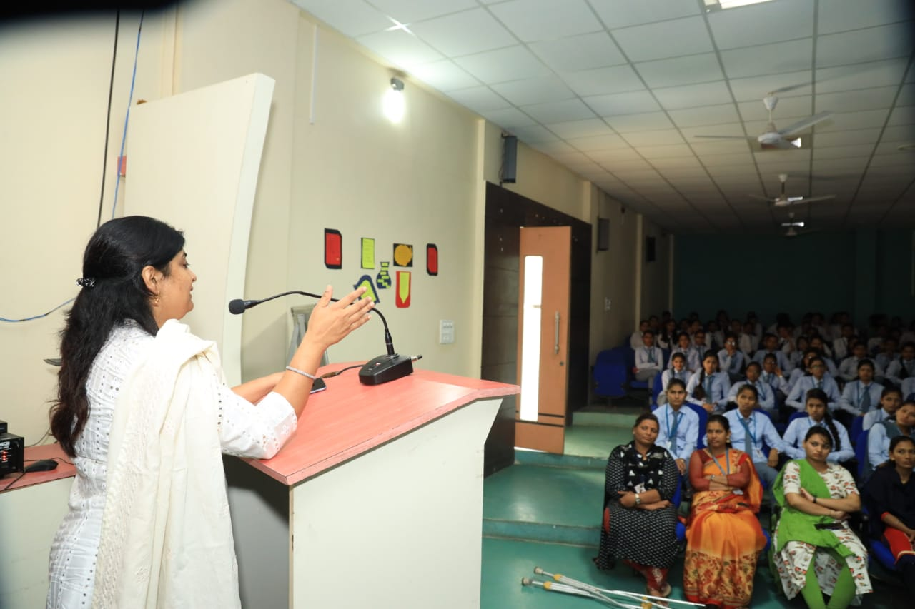 Guest lecture by Dr. Archana Mali Madam and Adv. Minal Deshmukh Madam on Women day.